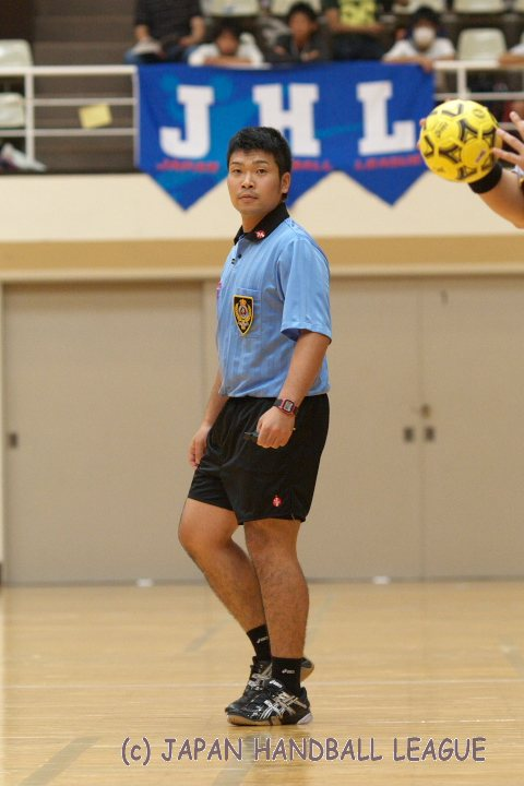 Referee Motoo Tabuchi